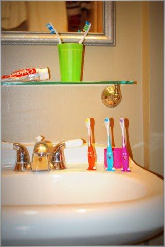 toothbrush 003